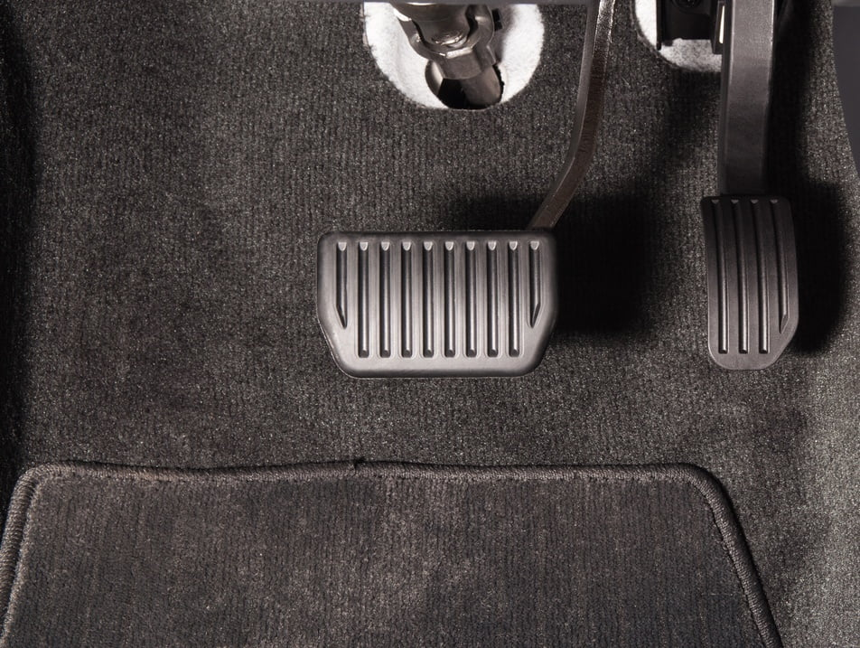 brake pedal in vehicle