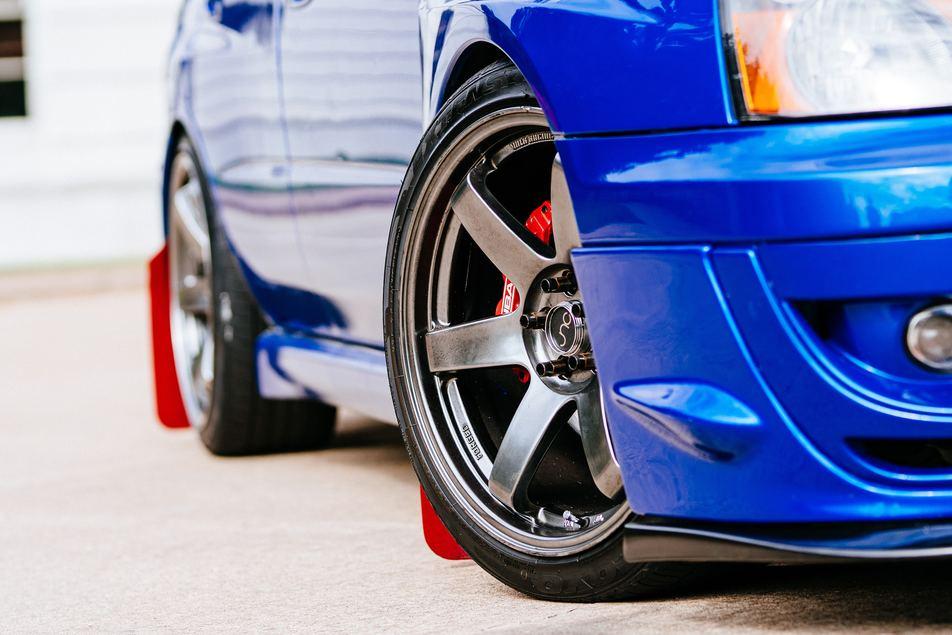 properly aligned wheels on vehicle