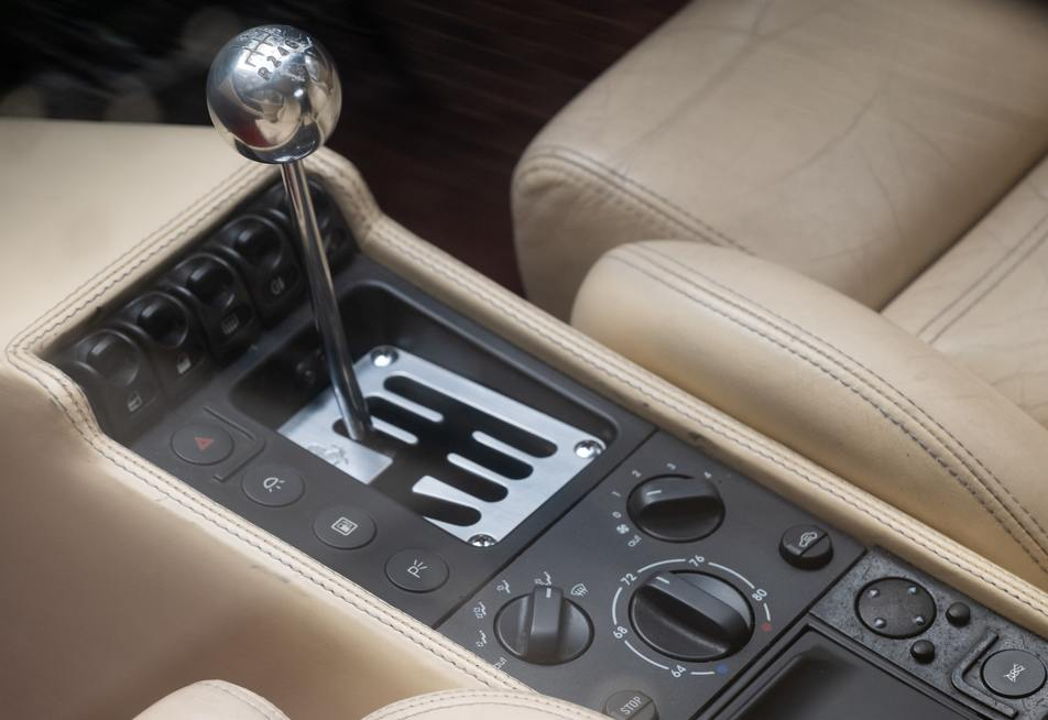 vehicle with manual transmission